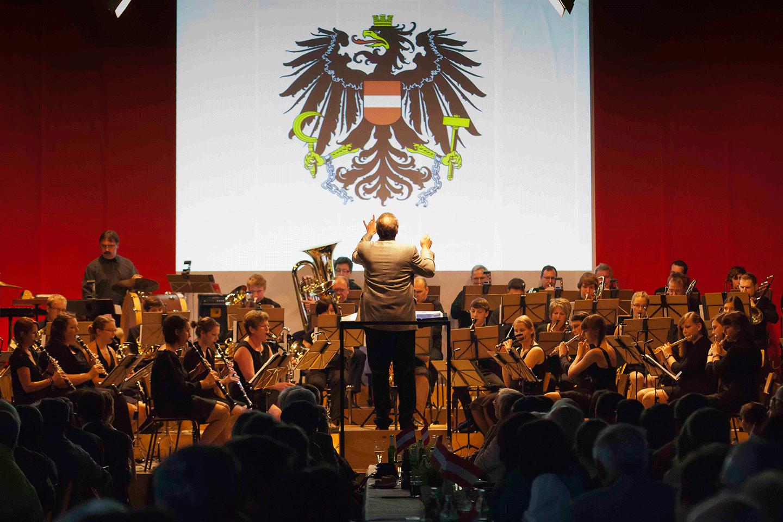 das-Orchester-zu-Beginn-des-Konzertes